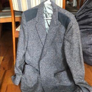Suit jacket fits medium